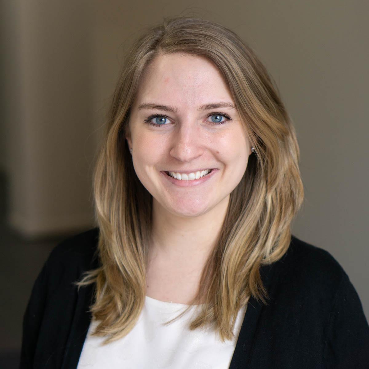 Dr. Dr. Chelsea Klein-Murach, DC